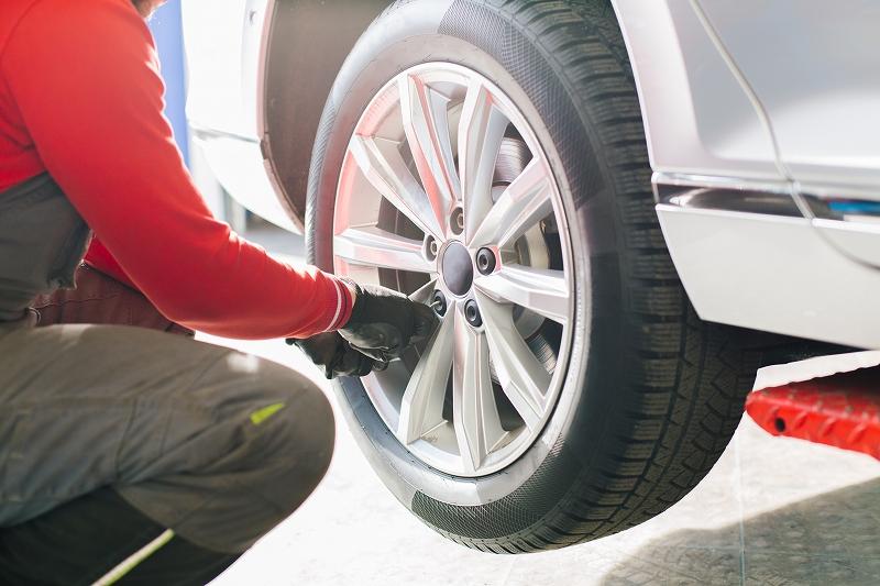 車検の基礎知識と費用を安く抑える4つの方法